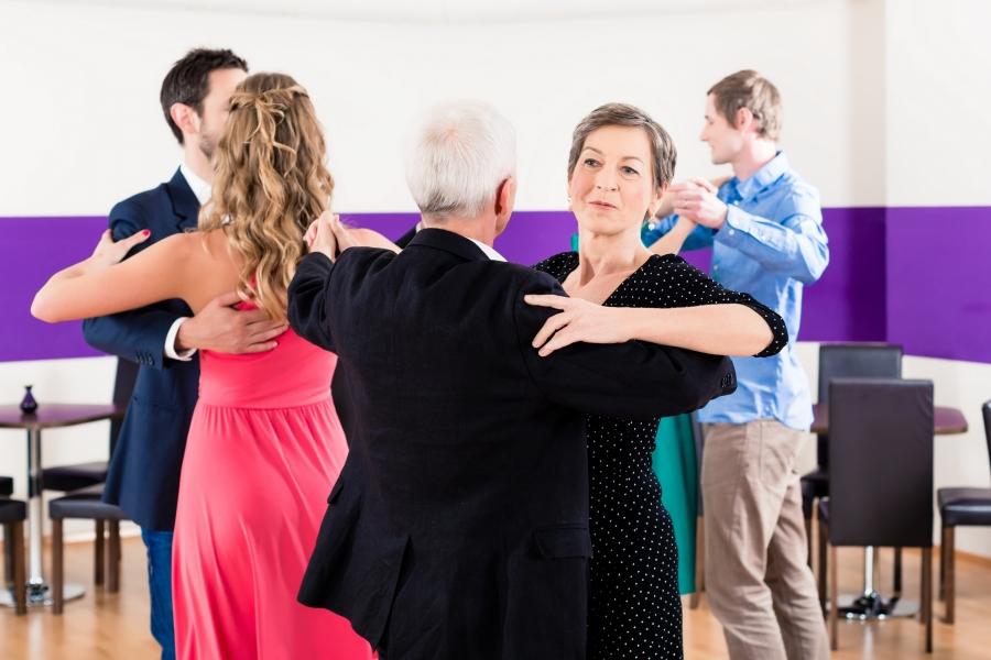 Taniec Towarzyski - tańce standardowe